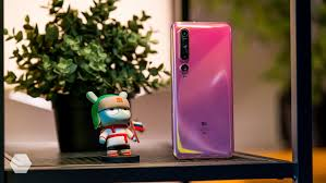 Обзор флагмана <b>Xiaomi Mi 10</b>. Наконец-то хорошо? - Rozetked.me