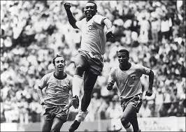 「1977年 - サッカーの神様・ペレが現役を引退。」の画像検索結果