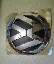 <b>Эмблема</b> новая <b>Volkswagen</b> VAG1K5853630ULM | Festima.Ru ...