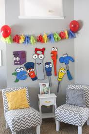 1000 images about handy manny birthday party painted toddler size tools from handy manny we projected the