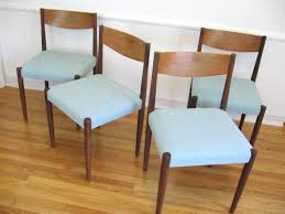 rattan dining chairs teak table