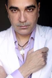 Manuel Francisco Reina, autor de 'Los amores oscuros'. / LUIS MAGÁN. Recomendar en Facebook 0. Twittear 0. Enviar a LinkedIn 0 - 1336676221_353822_1336676824_noticia_normal
