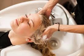 ТОП-10 профессиональных <b>шампуней для окрашенных</b> волос