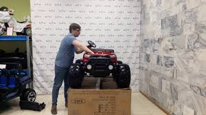 Сборка <b>детского электромобиля Ford</b> Ranger Monster Truck 4WD ...