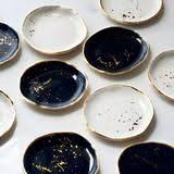 <b>Ring</b> Dish in <b>White</b> with Gold Splatters and Gold Rim | Керамика ...