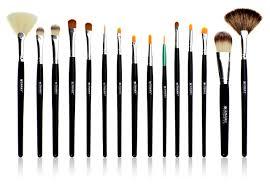 brush set exles of small brushes