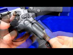 ASG Dan Wesson 2.5 inch black CO2 airsoft revolver review ...
