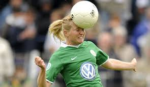 Bernd Huneke, Sportdirektor des VfL Wolfsburg, verlässt den Frauen-Bundesligisten zum Saisonende. Ausschlaggebend sind Differenzen mit der Geschäftsführung ... - katri-nokso-koivisto-514