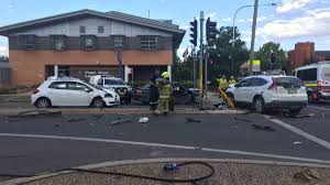 five vehicle crash in central wagga photos the daily advertiser crash outside the wagga police station