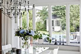 Выбираем шторы для загородного дома