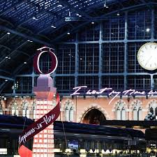 <b>Lancôme</b> brings a touch <b>of</b> Paris to St. Pancras this Christmas