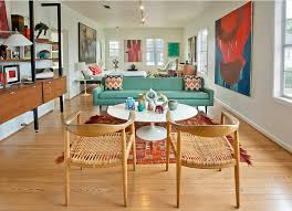 10 Things Nobody Tells You About <b>Decorating</b> A <b>Tiny</b> Apartment ...