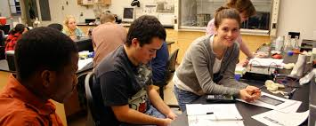 health professions gordon college students in lab