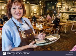 vero beach florida cracker barrel country store restaurant w stock photo vero beach florida cracker barrel country store restaurant w waitress order job working employee