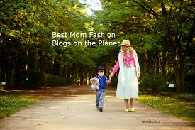 Top 50 <b>Mom Fashion</b> Blogs and Websites in <b>2019</b> | Mummy <b>Fashion</b> ...