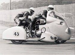 <b>Vintage</b>, <b>Classic</b> and <b>Antique Motorcycles</b> | webBikeWorld