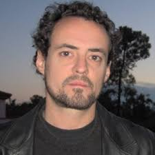 José Luis Piquero (Mieres, Asturies, 1967) ha publicado los libros de poemas Las ruinas (Versus, Mieres, 1989), El buen discípulo (Deva, Xixón, ... - joseluispiquero_300