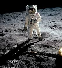NASA announces plans to send four <b>astronauts</b> to the <b>Moon</b> for two ...