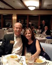 kiwanis club holds annual installation gala manhasset press kiwanis president jeff stone his wife ginny