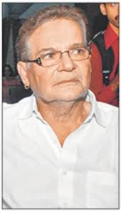 Veteran Scriptwriter Salim Khan liked his film on sperm donation so much that he has given him his Filmfare trophy as a token of appreciation. - Salim-Khan
