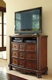 furniture t north shore:  b