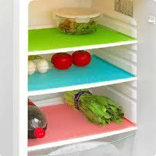 <b>Набор</b> антибактериальных <b>ковриков</b> в <b>холодильник</b>