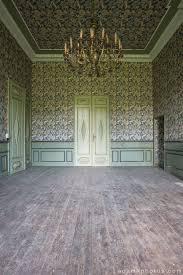 adam x chateau de la chapelle urbex urban exploration belgium abandoned grand room chandelier wallpaper chateau de la chapelle belgium
