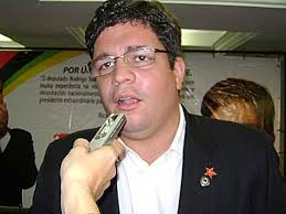 O presidente do Partido dos Trabalhadores (PT) na Paraíba, Rodrigo Soares, negou durante entrevista no lançamento do Plano Plurianual Participativo, ... - Rodrigo_Soares