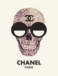<b>Skulls In Glasses</b>
