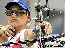 Alison Williamson. Williamson won individual bronze in Athens four years ago - _44906691_williamson_getty_226