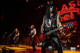 <b>Slash</b> ft Myles Kennedy + The Conspirators Prep <b>Live</b> DVD + CD