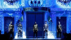 Dolce&Gabbana <b>Fall Winter</b> 2018/19 <b>Men's</b> Fashion Show - YouTube
