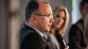 <b>...</b> Moderatorin; Dr. Jürgen Janssen, giz; <b>Kerstin Faehrmann</b>, BMZ - article%3Fimg_id%3D2698092%26t%3D1385131445938