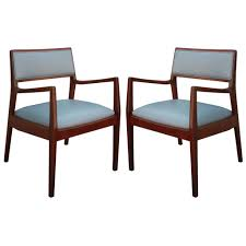 Jens Risom Side Chair Elegant Pair Of Walnut Jens Risom Lounge Chairs In Grey Leather