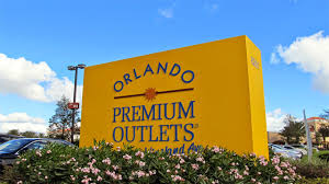 Fight at Orlando Premium Outlet mall triggers panic among mallgoers