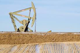 Oil Market: Oil prices rise on drop in US crude stocks, refinery outage