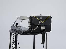 <b>Givenchy</b> FW19 <b>Haute Couture</b> show | <b>GIVENCHY</b> Paris