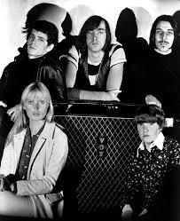 The <b>Velvet Underground</b> - Wikipedia
