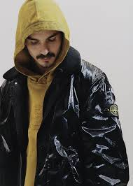 Stone Island / Supreme Preview   Official Store
