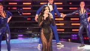 صوره فستان هيفاء وهبي الاسود في ستار اكاديمي