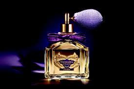 Как выбрать парфюм для похода в театр — Российская газета