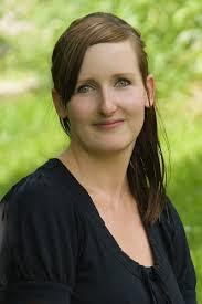 Susann Richter. staatl. gepr. Ergotherapeutin seit 2003, in der Praxis seit 2008, verheiratet, 2 Kinder - 4237_800x1200px_72dpi_mini