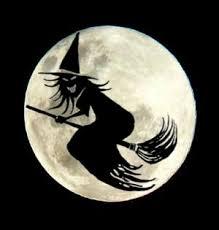 """""""Las brujas no son mujeres"""" - texto de Yan Quimera - tomado del libro Sexual Herria, de la periodista feminista Itziar Ziga - diciembre de 2012 Images?q=tbn:ANd9GcQhAkTmB9nkhKjAuEdb97lhRZo2Bj6YS8h8W9sv-s6hths1LnRV3Q"""