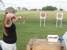 Картинки по запросу стрельба из рогатки