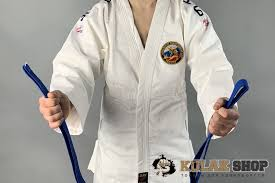 Как завязывать <b>пояс</b> на <b>кимоно</b> для рукопашного боя
