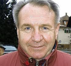 Ist der Ohlsbacher Bürgermeister <b>Horst Wimmer</b> bei der Weiterleitung einer <b>...</b> - 28161102