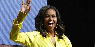 Затмила всех: Мишель Обама в шелковом платье и блестящих ...