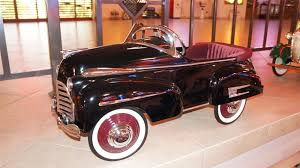 stylish buick  sad face  pedal car restored  great a   stylish 1941 buick quotsad facequot pedal car restored great attention to detail
