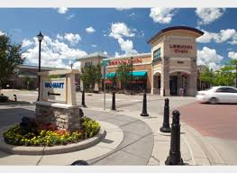 irc retail centers leeann chin
