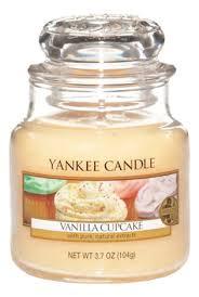<b>Ароматическая свеча Vanilla Cupcake</b>: Свеча 623г | vladislavkondi ...